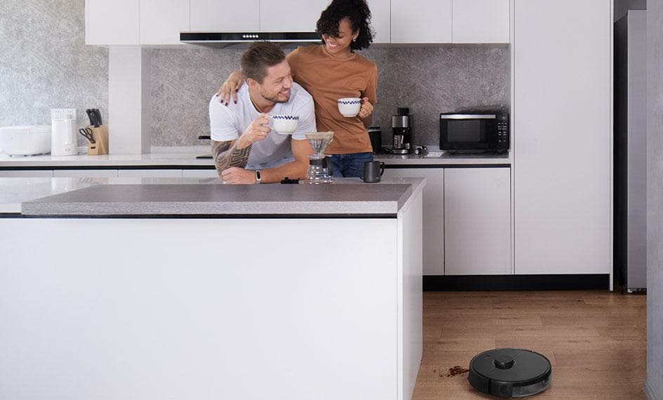 Roborock S5 Max Cleans Kitchen